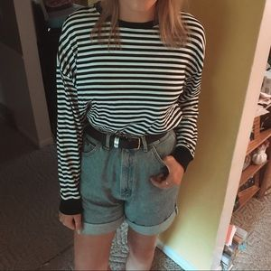 black and white striped long sleeve tee